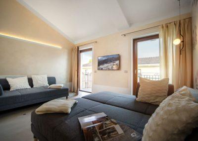 """Goditi le più incantevoli case vacanza in Valle d'Aosta. Anche per una vera """"vacanza attiva"""" con gli amici, nel centro di Aosta. Ideale per chi vuol fare sci in Valle d'Aosta, sulle piste e sugli impianti di Pila."""